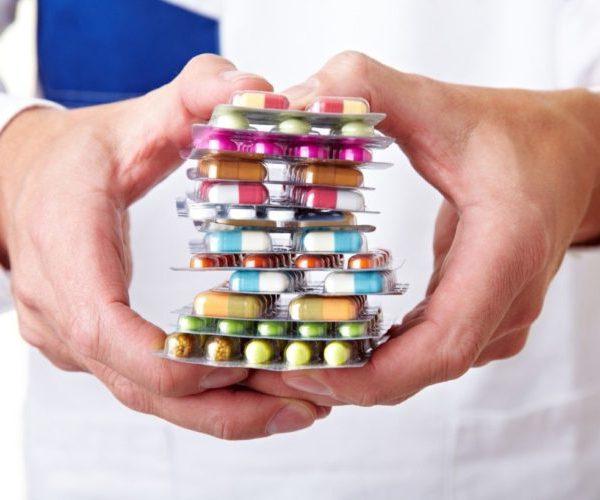 Чрезмерное употребление медикаментов