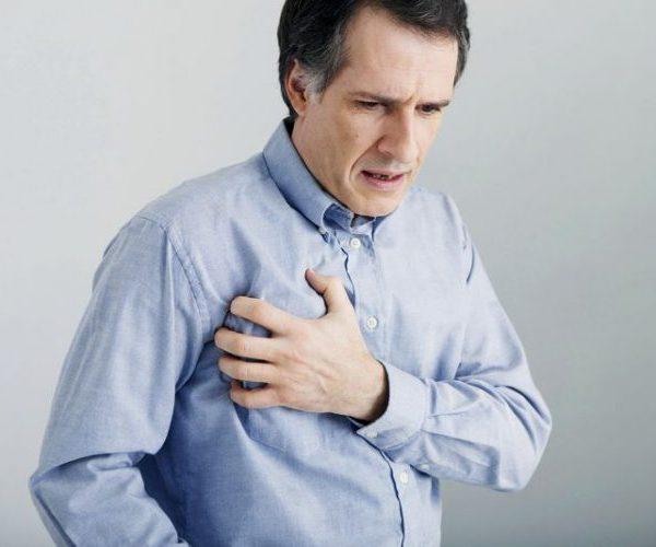 При инфаркте меняется пульс и давление