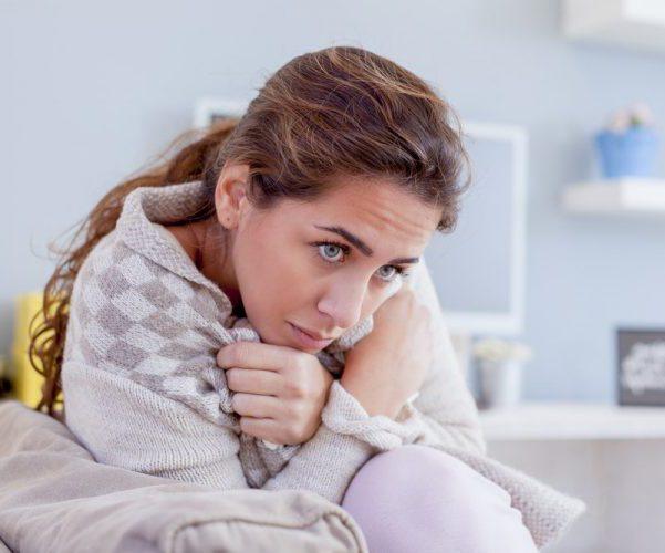 Озноб при повышенном давлении почему возникает и что делать когда трясет