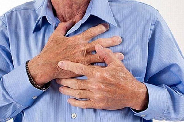 больв грудной клетке
